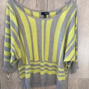 2/20 A.N.A Yellow & Gray Relaxed Fit Sweater